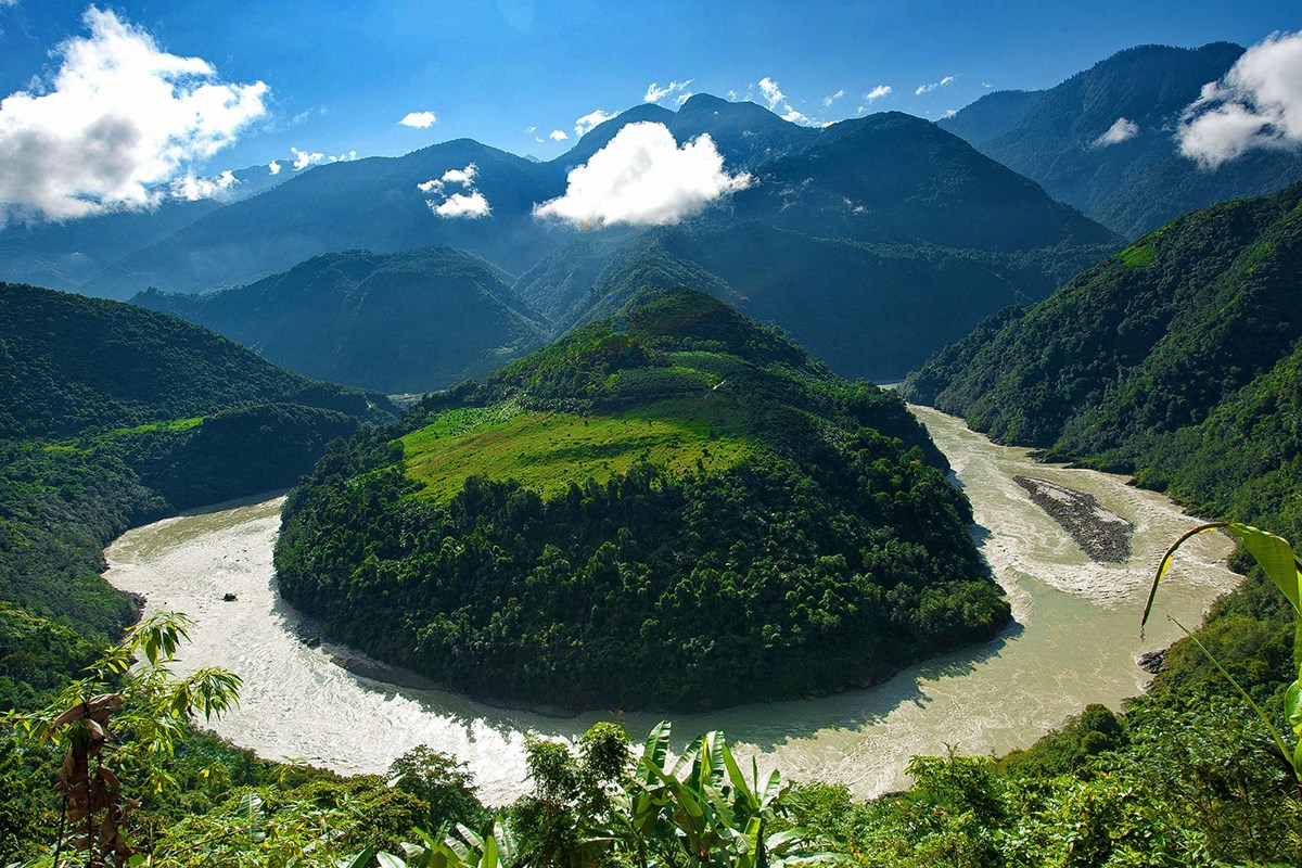 Bend of Yarlung Tsangpo